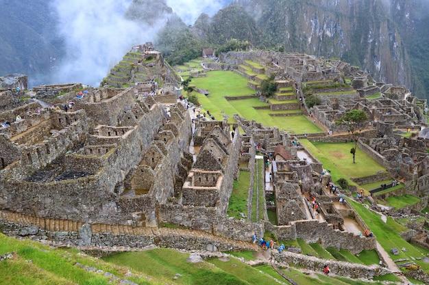 Die inkaruinen von machu picchu in der region cusco, provinz urubamba, peru, archäologische stätte Premium Fotos