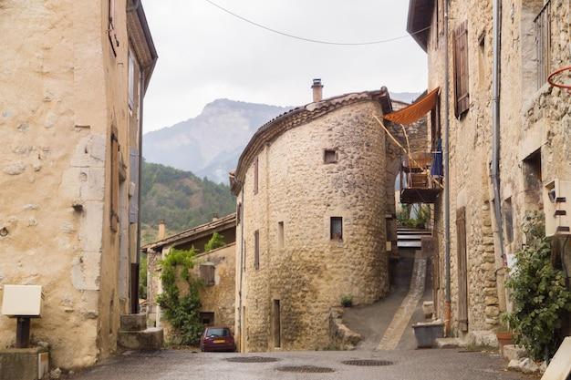 Die mittelalterliche straße. Kostenlose Fotos