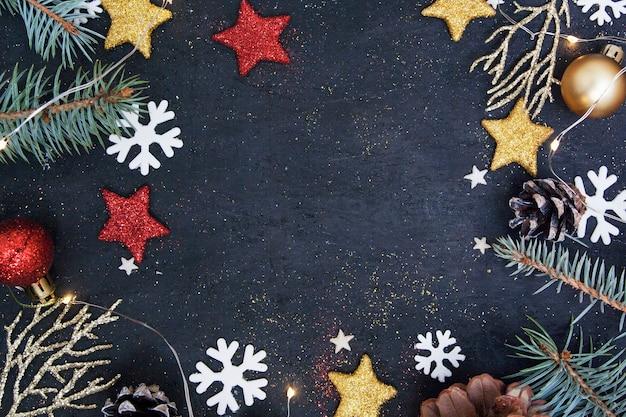 Die weihnachtswohnung lag im dunkeln Premium Fotos