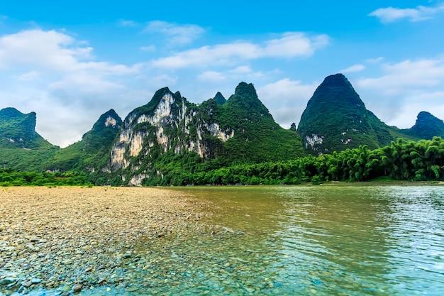 Die wunderschöne landschaft von guilin, guangxi Premium Fotos