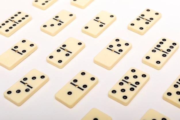 Domino hintergrund. geschäftsstrategiekonzept. Premium Fotos