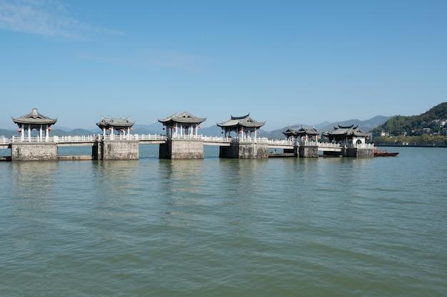 Doppelte kuhbrücke in shantou china Premium Fotos