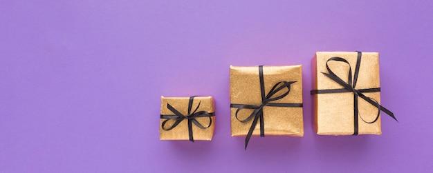 Draufsicht auf geschenke mit kopierraum Kostenlose Fotos