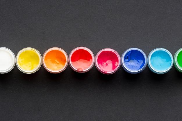 Draufsicht der bunten aquarellanordnung Kostenlose Fotos