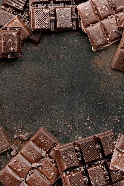 Draufsicht des schokoladenkonzepts mit kopienraum Premium Fotos