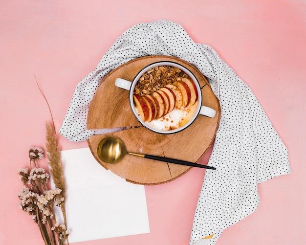 Draufsicht des süßen gesunden frühstücks Kostenlose Fotos
