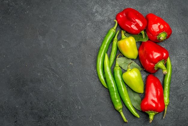 Draufsicht frische paprika Kostenlose Fotos
