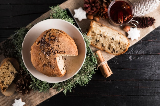 Draufsicht köstliches weihnachtsbrot Premium Fotos