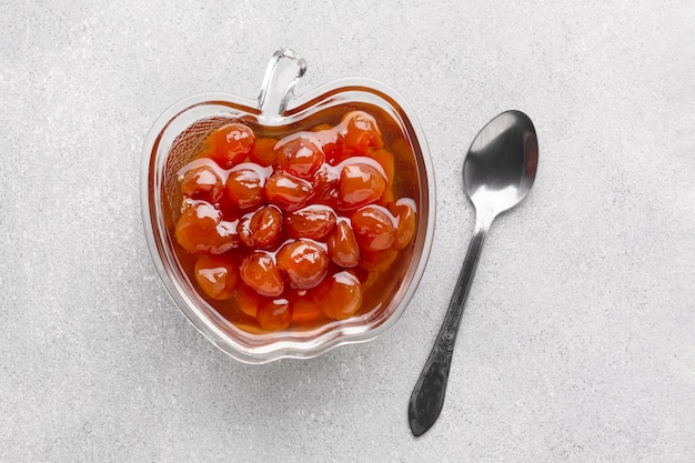 Draufsicht leckere marmelade in apfelförmiger schüssel Kostenlose Fotos