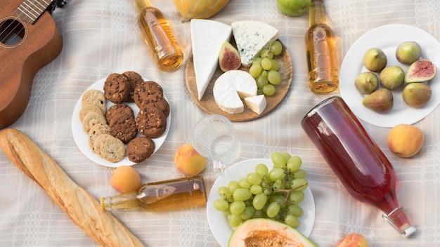 Draufsicht leckeres essen auf stoff Kostenlose Fotos