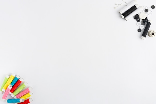 Draufsicht nähzubehör mit kopierraum Kostenlose Fotos
