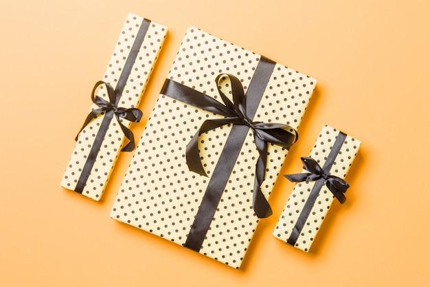 Draufsicht weihnachtsgeschenkkasten Premium Fotos