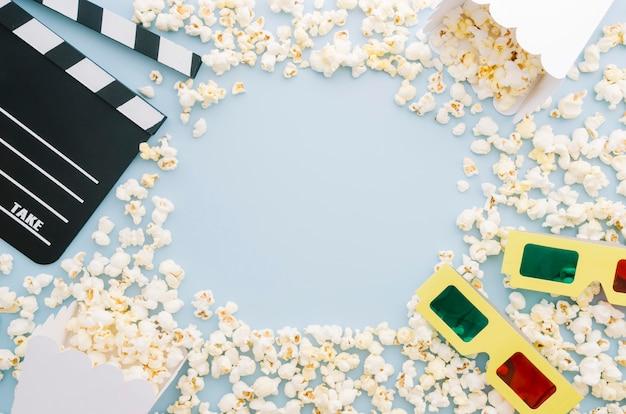 Draufsichtvielfalt von popcorn mit 3d-brille Kostenlose Fotos