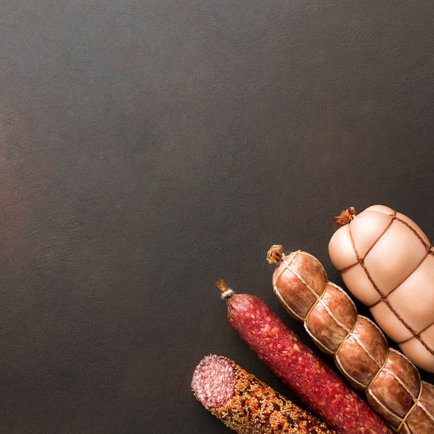 Draufsichtvielzahl des schweinefleischs mit kopienraum Kostenlose Fotos