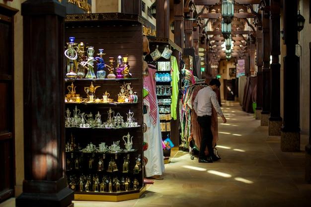 Dubai market souk madinat jumeirah Premium Fotos