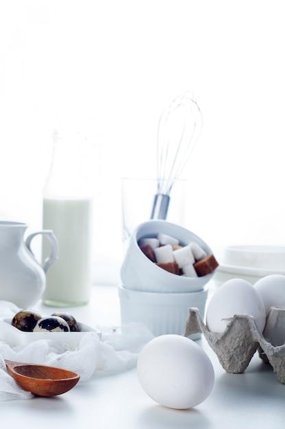 Eier und kochen Premium Fotos