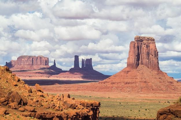 Ein blick auf den monument valley navajo tribal park Premium Fotos