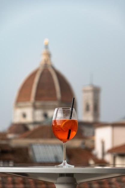 Ein glas italienischer cocktail Premium Fotos