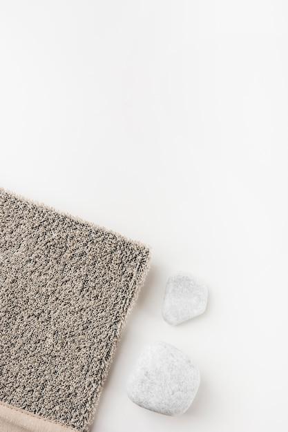 Eine draufsicht des grauen luffas mit badekurortstein Kostenlose Fotos