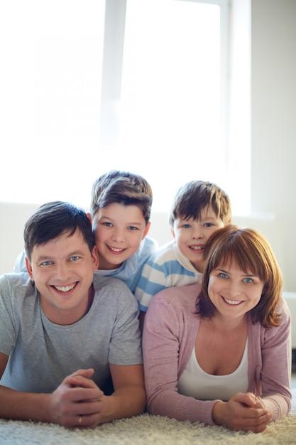 Eine perfekte familie | Kostenlose Foto