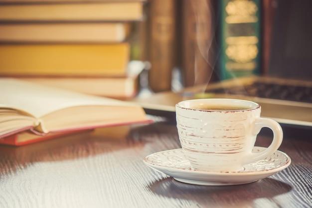 Eine Tasse Kaffee Und Einen Guten Morgen Im Büro Bei Der