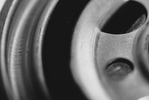 Einfarbiger hintergrund des ölfilterabschlusses oben. Premium Fotos