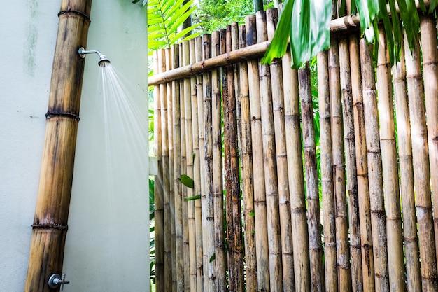 eingang zu einem bambus dusche download der kostenlosen. Black Bedroom Furniture Sets. Home Design Ideas