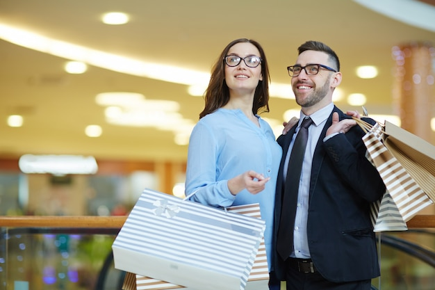 Einkaufen in der mall Kostenlose Fotos