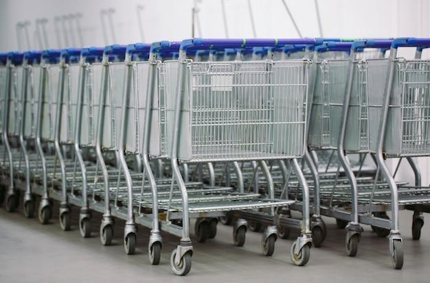 Einkaufswagen Premium Fotos