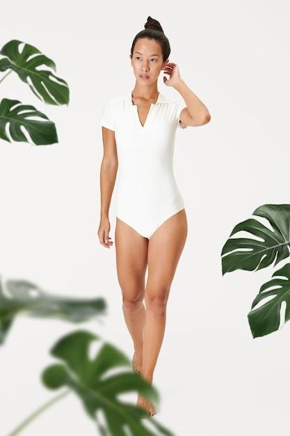 Einteiliges badeanzug-modell für frauen Kostenlose Fotos