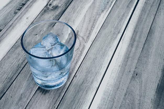 Eis in einem glas Premium Fotos