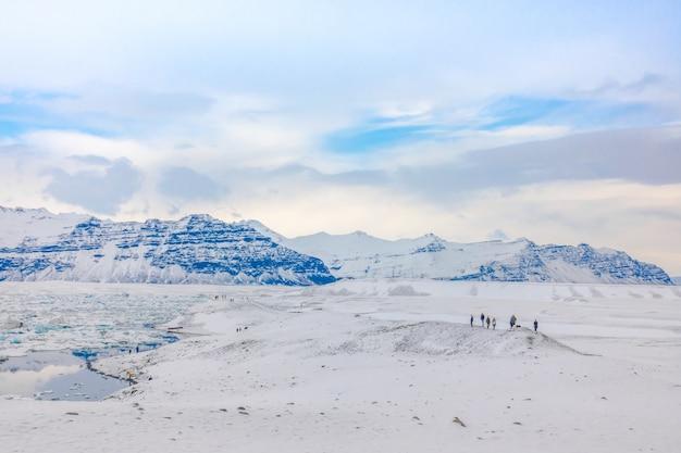 Eisberge in der gletscher-lagune, island. Kostenlose Fotos