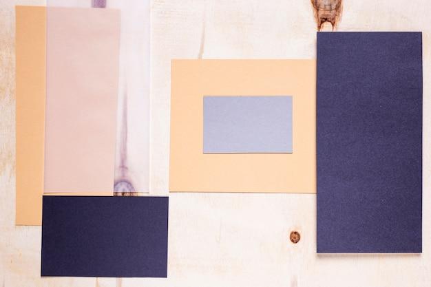 Elegante einladungen auf einfachem hintergrund Kostenlose Fotos