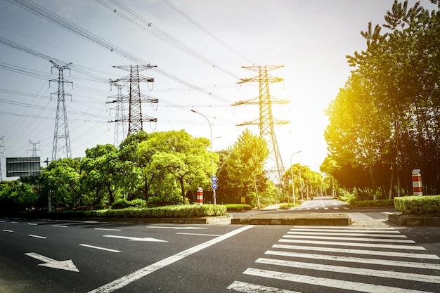 Elektrizitätsmast isoliert Kostenlose Fotos