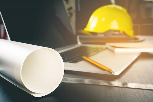 Engineering konstruktion schreibtischausrüstung Premium Fotos
