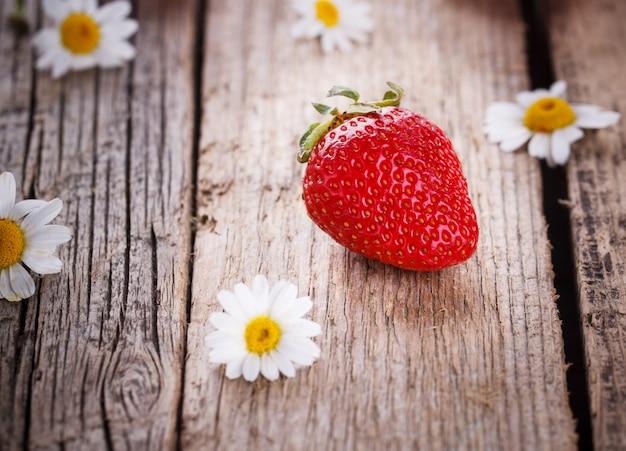 Erdbeerfrucht Premium Fotos