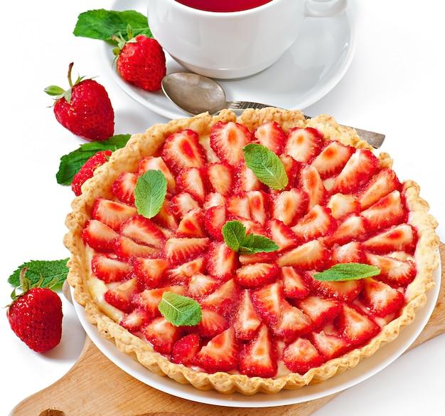 Erdbeertarte mit vanillesoße Kostenlose Fotos