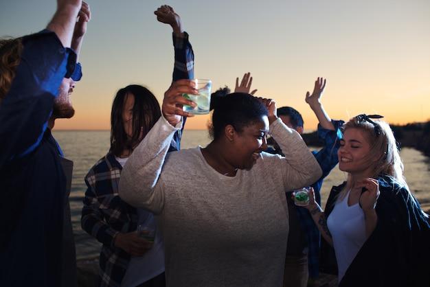 Erfrischung und tanz Kostenlose Fotos