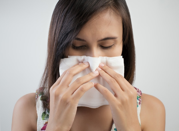 Erkältung oder allergiesymptom Premium Fotos