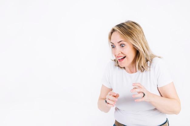Erstaunte erwachsene Frau   Download der kostenlosen Fotos