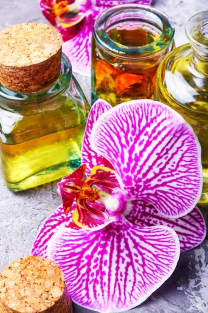 Extraktion von blumen orchidee Premium Fotos