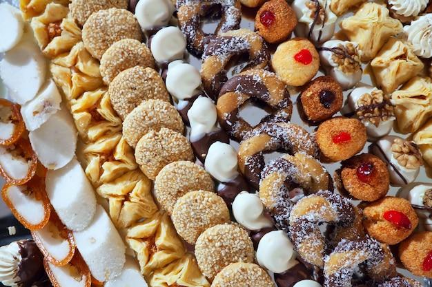 Fancy kuchen auf bankett tisch Kostenlose Fotos