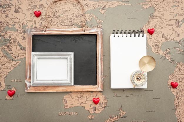 Fantastische Komposition mit Vielzahl von Reise-Objekte Kostenlose Fotos
