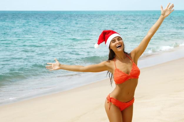 Feiern wir weihnachten am strand Premium Fotos