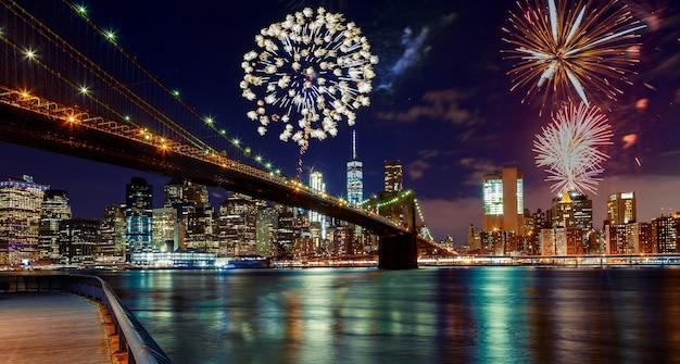 Feuerwerk über manhattan, new york city. Premium Fotos