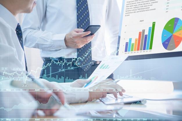 Finanz- und anlagerisikoanalyse Premium Fotos