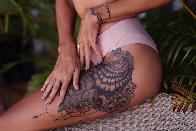 Bein tattoos frau Top 100
