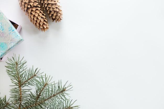 Flache ansicht der weihnachtsdekoration, copyspace Kostenlose Fotos
