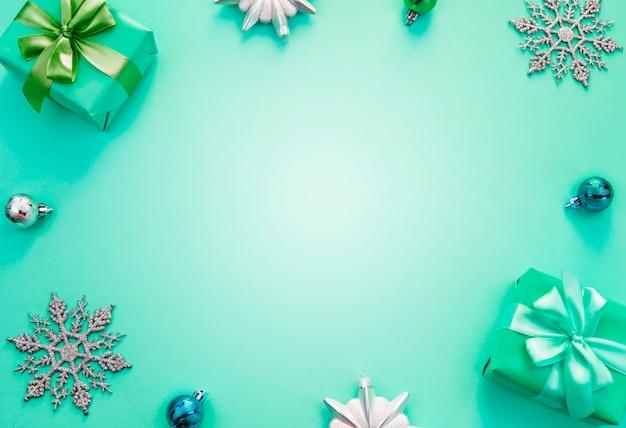 Flache kisten mit geschenken Premium Fotos