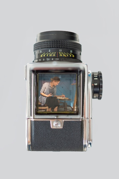 Flache lage der retro- kamera mit künstler Kostenlose Fotos